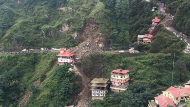 Photo of Landslide in Shimla's Dhalli, vehicles buried, temple and houses damaged