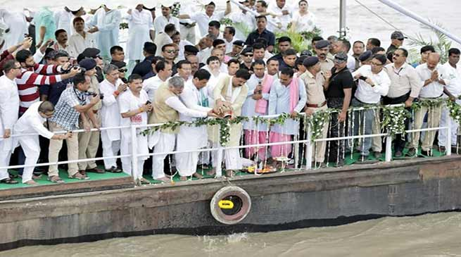 Assam: Vajpayee's ashes immersed in Brahmaputra and Barak