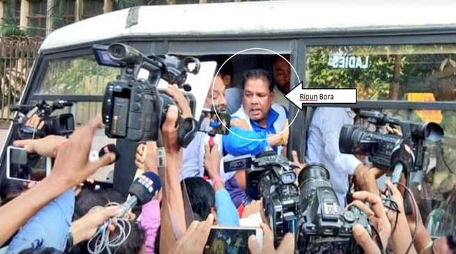 2 years of demonetisation : Assam Congress leaders protest, Arrested
