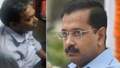 Photo of Delhi: CM Arvind Kejriwal attacked with Chilli Powder