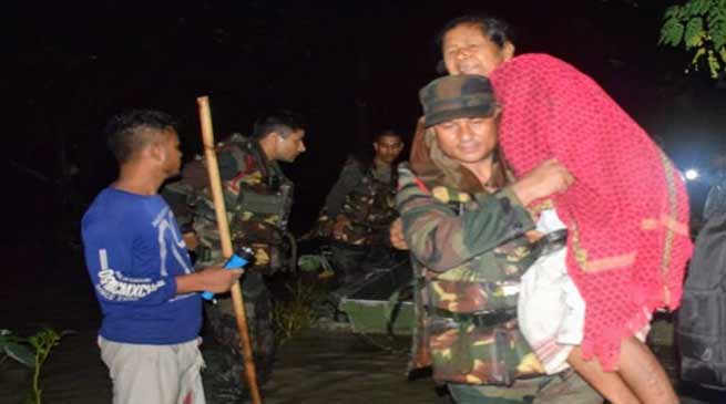 Assam:Army conducts Rescue Operation during night, save 160 marooned persons in Nalbari