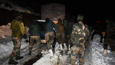 Photo of Arunachal: Army rescues 111 stranded civilians, 70 vehicles in Sela Pass