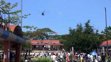 Photo of Assam:Armed forces salute corona warriors